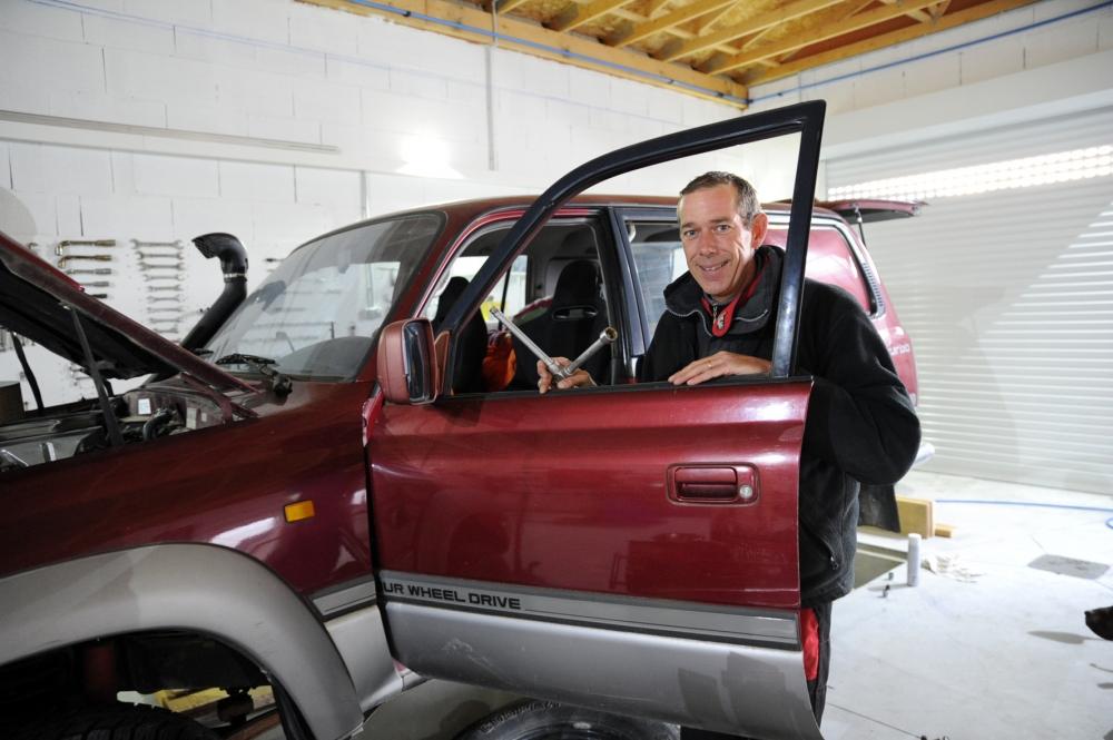 un garage auto ouvert