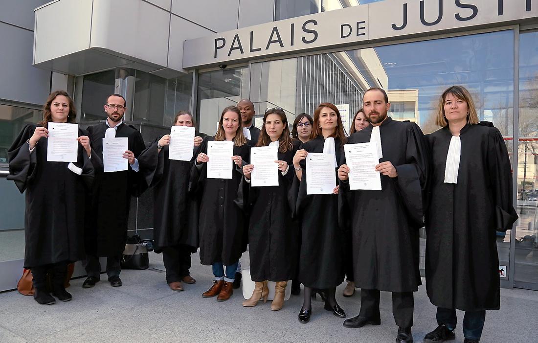 Les avocats de narbonne ont bloqu l 39 audience correctionnelle de jeudi - V and b narbonne ...